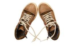 Непринужденный стиль кожаных ботинок на белой предпосылке Стоковая Фотография RF