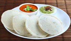 Неработающе с sambar и чатнями Стоковые Фото
