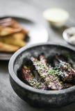 Нервюры свинины азиатского барбекю стиля пряные с сладостным соевым соусом Стоковое Изображение RF