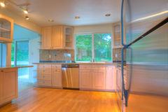 нержавеющая сталь кухни приборов самомоднейшая стоковые фотографии rf