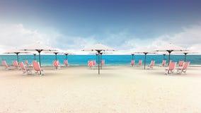 Несколько шезлонгов с навесами на пляже Стоковое Изображение RF