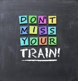 Несоосность Don't ваш текст поезда на красочном пост-оно замечает вставленный на классн классном Стоковые Изображения RF