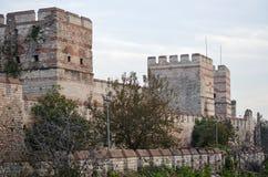 Неспособный для того чтобы сопротивляться завоеванию стен Byzantine Стамбула Стоковые Изображения