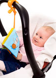 несущая младенца стоковая фотография rf