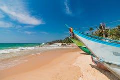 нетронутое пляжа тропическое Тропические каникулы в Шри-Ланка стоковое изображение rf