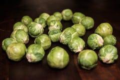 Нетронутые овощи в кухне стоковые фотографии rf