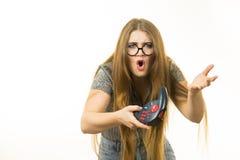 Неудовлетворенная женщина после освобождать видеоигру стоковая фотография