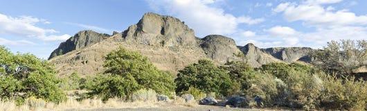 неурожайное yakima вашингтона горы стоковое изображение rf