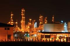 нефтеперерабатывающее предприятие фабрики Стоковое фото RF