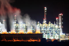 нефтеперерабатывающее предприятие Стоковые Изображения