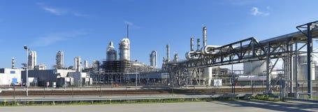 Нефтеперерабатывающее предприятие Стоковая Фотография