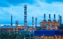нефтехимические заводы стоковая фотография rf