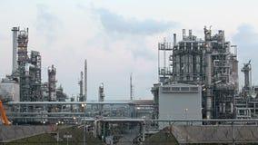Нефтехимический завод, промежуток времени видеоматериал