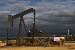 нефть поля стоковая фотография rf