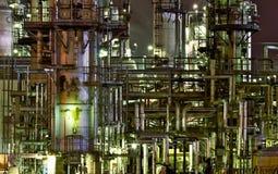 нефть nightscape стоковая фотография