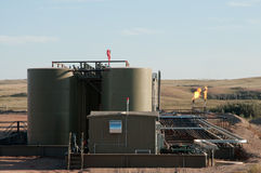 Нефтяная скважина на работе Стоковая Фотография RF