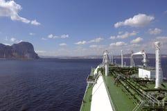 нефтяной танкер долготы газовой промышленности стоковая фотография rf
