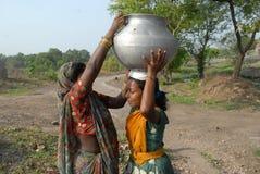 Нехватка воды в Jharia стоковое изображение