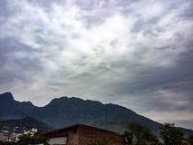 Нечетное небо стоковое изображение