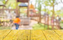 неясное изображение для предпосылки спортивной площадки детей стоковая фотография rf