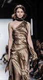 Неделя FW 2017 моды Нью-Йорка - собрание Basso Дэнниса стоковая фотография