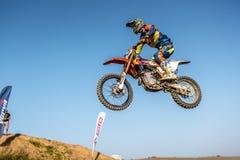 Не определенный всадник на польском чемпионате Польше Motocross, Гданьске 11 Septemeber 2016 Стоковые Фотографии RF