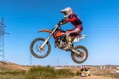 Не определенный всадник на польском чемпионате Польше Motocross, Гданьске 11 Septemeber 2016 Стоковые Изображения RF