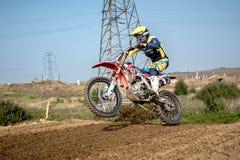 Не определенный всадник на польском чемпионате Motocross Стоковое Изображение RF