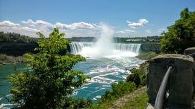 Ниагарский Водопад красивый летний день стоковые фотографии rf