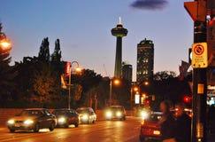 Место ночи башни Skylon Стоковые Фото