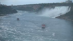 Ниагарский Водопад - самый большой водопад в Северной Америке видеоматериал