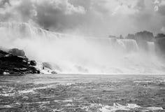 Ниагарский Водопад в черно-белом Стоковая Фотография
