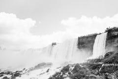 Ниагарский Водопад в черно-белом Стоковое фото RF
