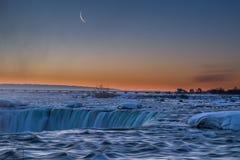 Ниагарский Водопад перед восходом солнца Стоковая Фотография RF