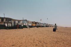 Нидерландский сезон лета приходит Размещещние пляжа, дом стоковое изображение rf