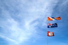 Нидерланды, Австралия, флаг ajax на голубом небе стоковая фотография rf