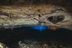 нижнее зеркало не Россия озера kungur подземелья видимая Стоковая Фотография