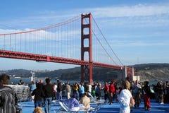 нижняя строба моста золотистая Стоковое фото RF