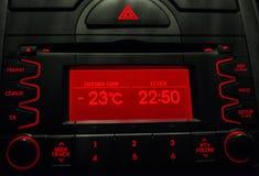 Низкая температура на дисплее автомобиля холодная зима Стоковые Изображения RF