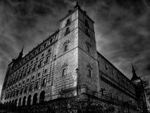 Низкая angled съемка Alcazar Toledo (Испания) Стоковая Фотография
