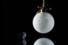 Низкий ключевой орнамент рождества Стоковое Изображение RF