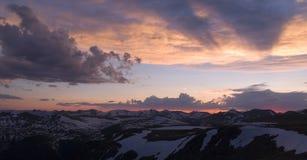 никогда заход солнца лета стоковое фото rf