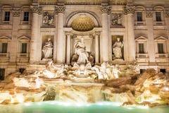 Никто на известной Фонтане di trevi в Риме, Италии Стоковые Изображения RF