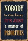 Никто слишком занятый оно как раз дело prioroties Мотивационная цитата Плакат оформления вектора с влиянием grunge бесплатная иллюстрация