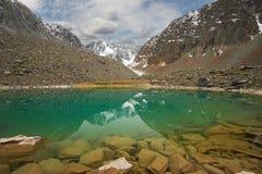 дни altai продолжают лето гор Стоковые Изображения RF