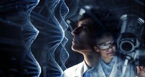 Новаторские технологии в науке и медицине Мультимедиа Стоковое Изображение RF