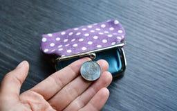 Новая белорусская монетка денег в руке Стоковые Фотографии RF