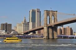 новая вода york таксомотора стоковые фото