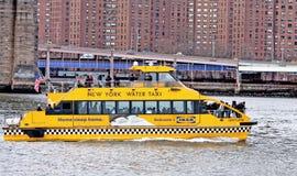 новая вода york таксомотора стоковое изображение