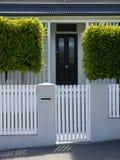 Новая Зеландия: классицистический дом виллы Окленда Стоковые Фотографии RF